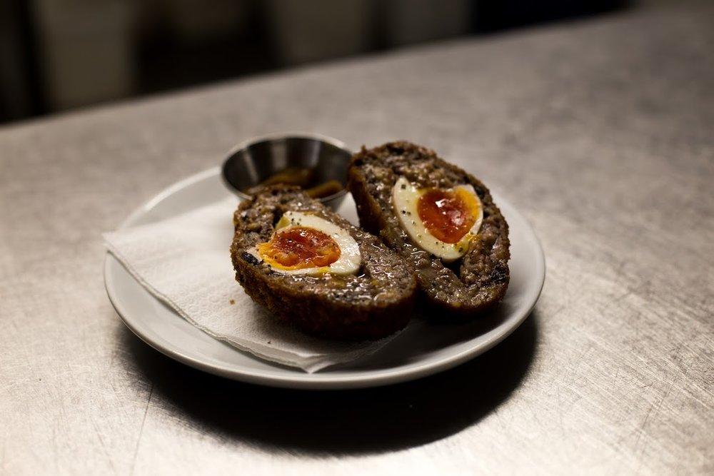 tanner-food-restaurant-egg