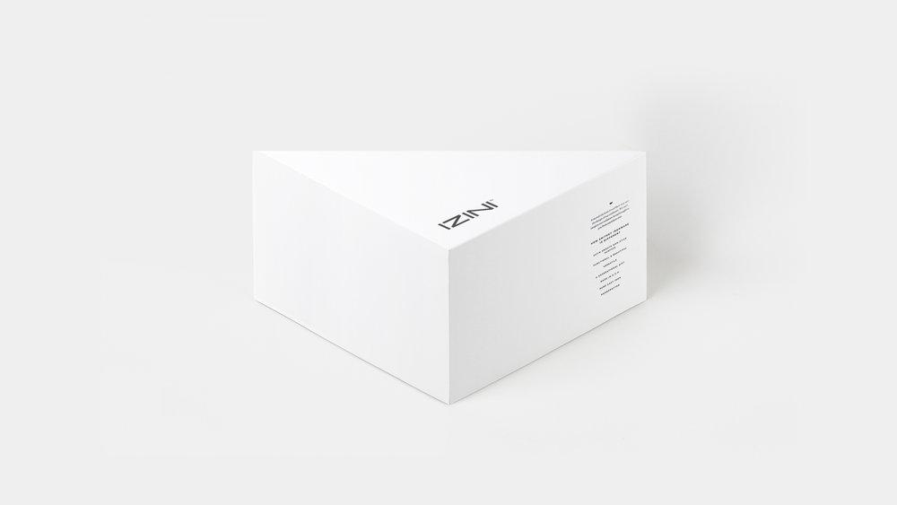 IZINI bikini box.jpg