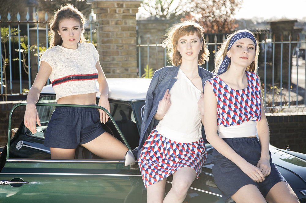 Spring/Summer collection 2017 - Vintage inspired In contrast to the first Winter collection, the spring summer collection adds exciting patterns mixing intense colours, shapes and sizes to create a casual and smart, comfortable, versatile and fun look. It's all about opposites.Urban grey meets explosive reds, clear lines with romantic frill, casual green with smart off-white.