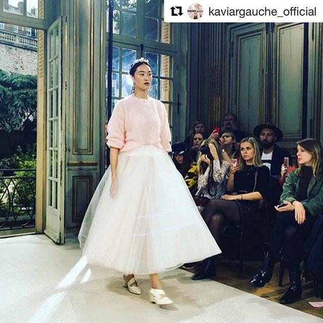 Repost from @kaviargauche_official ・・・ New Collection 2018 #parisfashionweek #kaviargauche_official #lavieenrose #prettyinpink #couture #bridalcollection #kaviargauchebride #cinderella #cinderella2018 @livetisverige 💫 #bridalshoes #shoedesign by Kaviar Gauche #handmade by @selve_munich #beautiful - #loveatfirstsight #wedding #bride #hochzeitswahn #instashoes #bridal  #handmadeshoes #creative #illustration #fashion #fashionillustration #luxuryshoes #shoeaddict #designer #fashionista #love