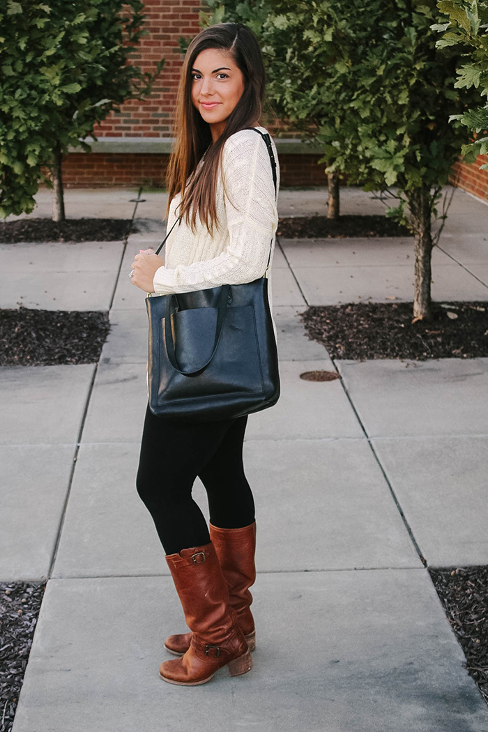 GET MY FAVORITE GO-TO TOTE BAG FOR 25% OFF!!!  - (comes in 4 colors!)