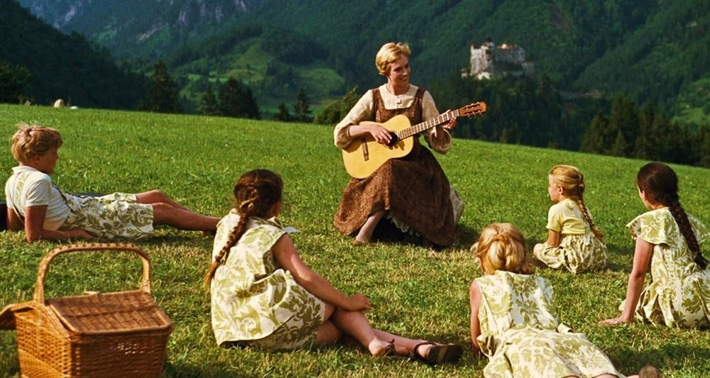 sound-of-music-maria-and-guitar.jpg