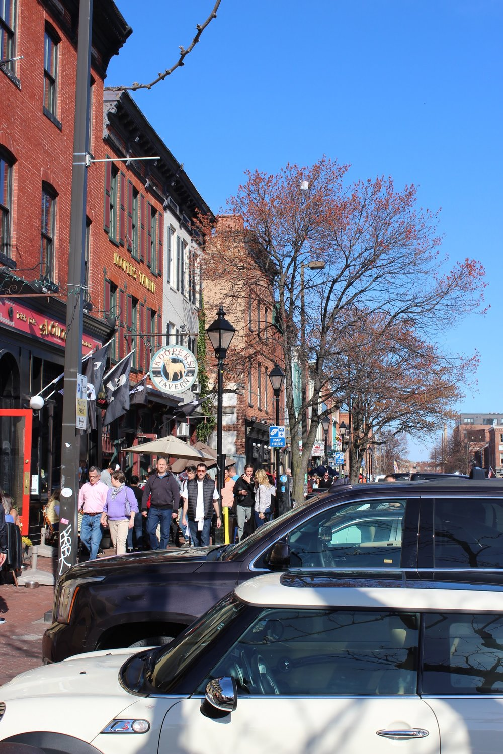 Sunday brunch scene in Fells Point