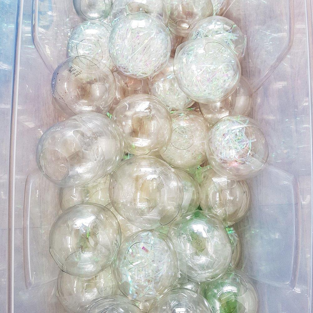 SoVisualise.VM&Displayshow2019.recycled plastic bubbles.jpeg