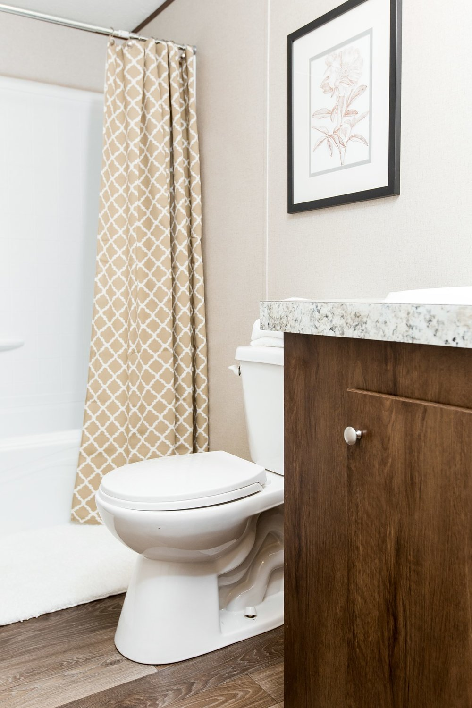 Manufactured-BLISS-42TRU14562AH-Guest-Bathroom-20180516-0922555773667.jpg