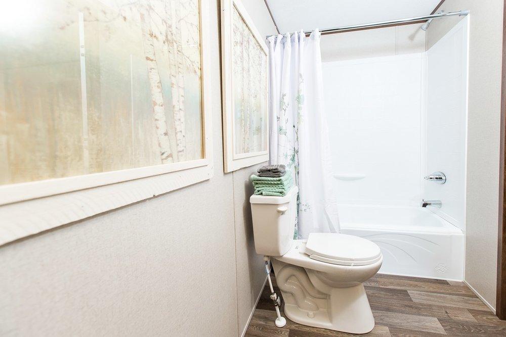 Manufactured-DELIGHT-36TRU14602AH-Guest-Bathroom-20171214-1145075900105.jpg