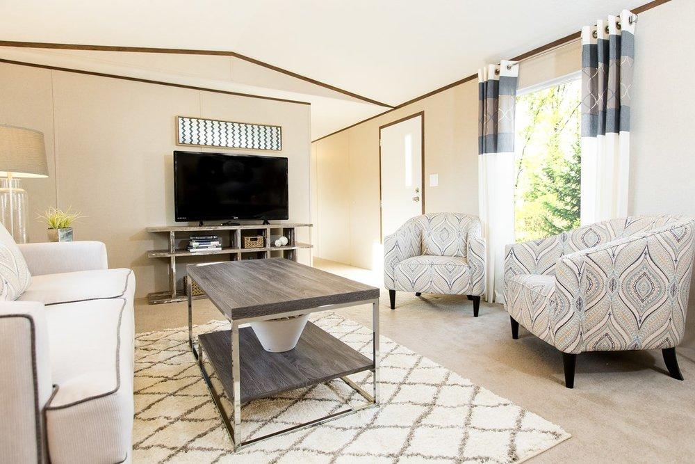 Manufactured-GLORY-47TRU14763BH-Living-Room-20180516-0916009862501.jpg