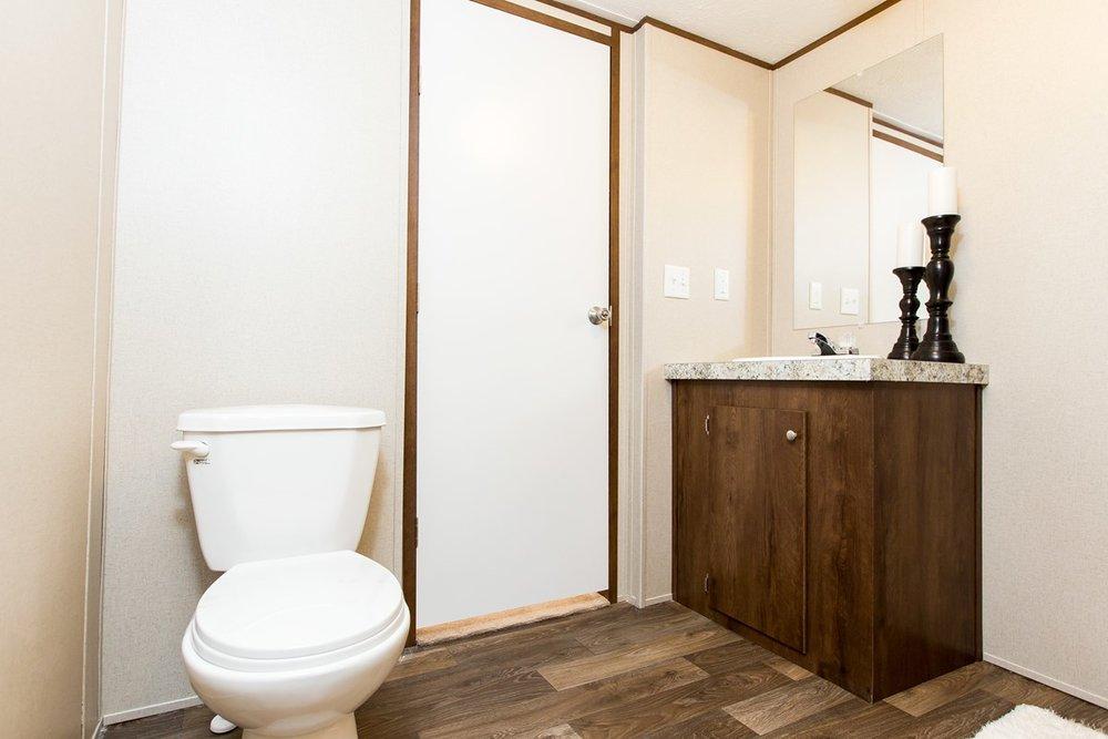 Manufactured-EXCITEMENT-21TRU28443RH-Master-Bathroom-20170323-1542001018206.jpg