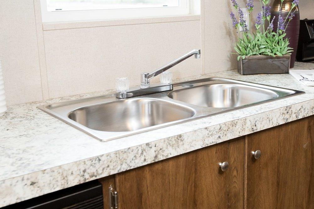 Manufactured-SATISFACTION-36TRU28483RH-Kitchen-20170323-1455569124976.jpg