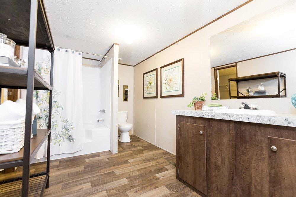 Manufactured-THRILL-21TRU28563RH-Master-Bathroom-20170323-1523136081555.jpg