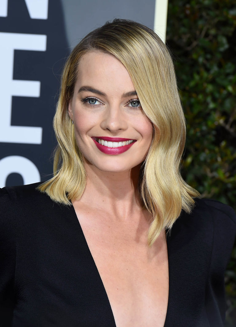 La comédienne Margot Robbie aux Golden Globe Awards 2018. IMAGE: ELLE UK