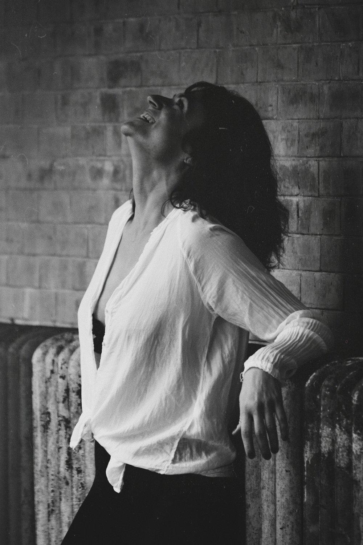 La bonne coiffure peut transformer une femme belle en une femme belle ET inoubliable. - Sophia Loren
