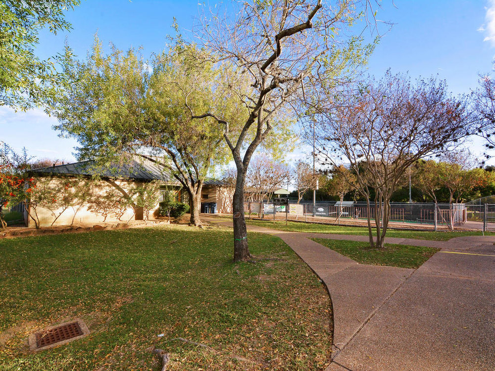1 Main St-MLS_Size-042-22-South Austin Tennis Center 021-1024x768-72dpi.jpg