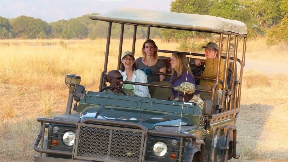 Mfuwe Safari