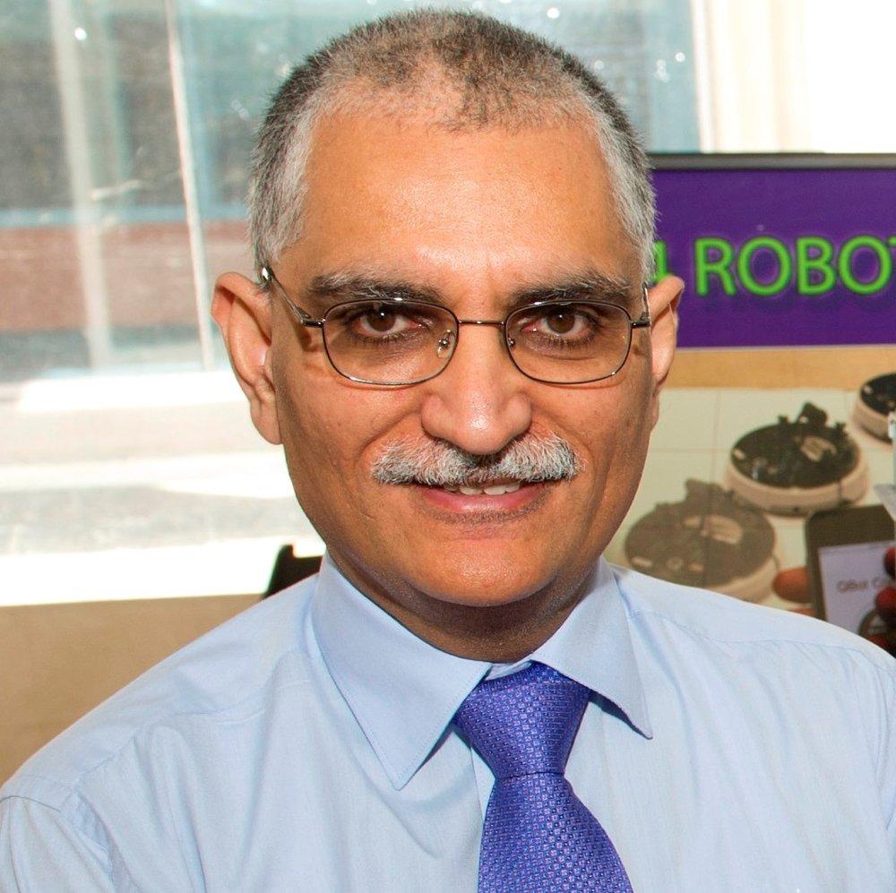 Dr. Vikram Kapila