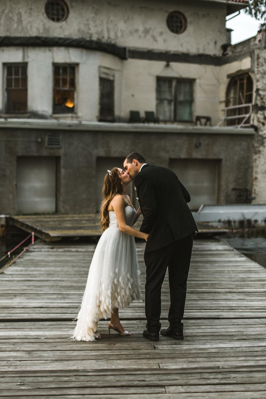 belle isle boathouse detroit wedding photos