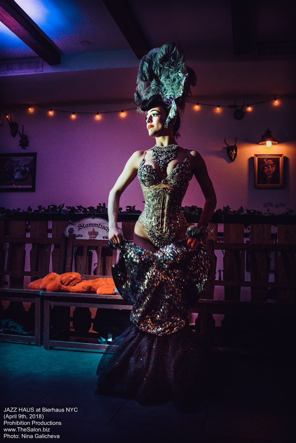 31_JAZZ-HAUS__burlesque__DSC_8649_NG_photocredit-Nina-Galicheva.jpg