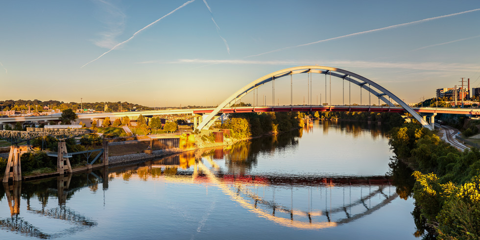 Civic architecture photography: Gateway Bridge, Nashville