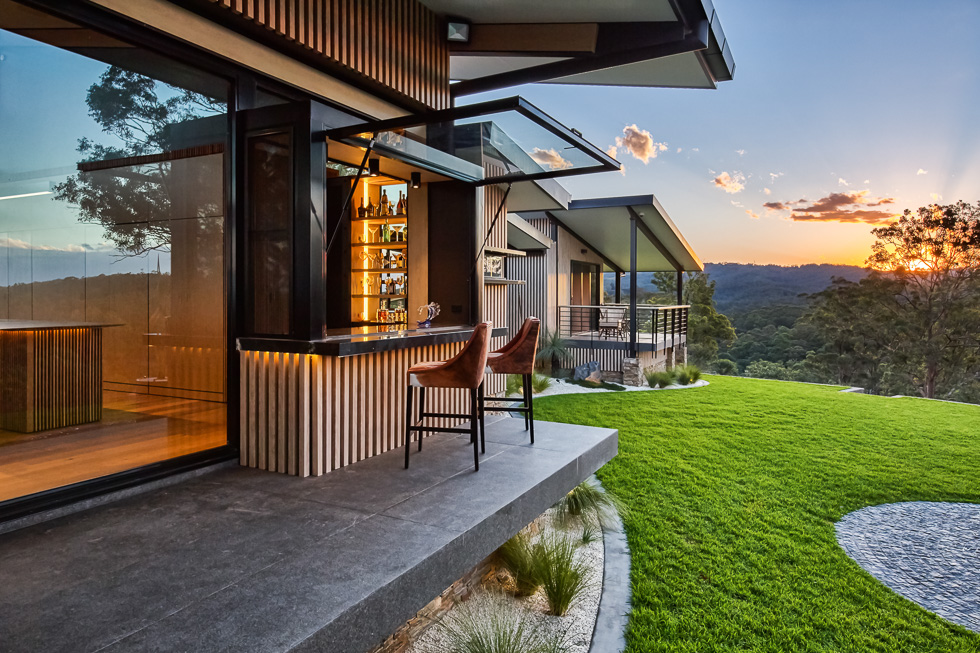 Residential architecture photography: Luxe Lodge bar