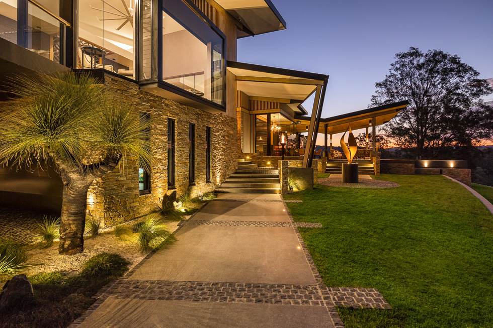 Residential architecture photography: Luxe Lodge front landscapi