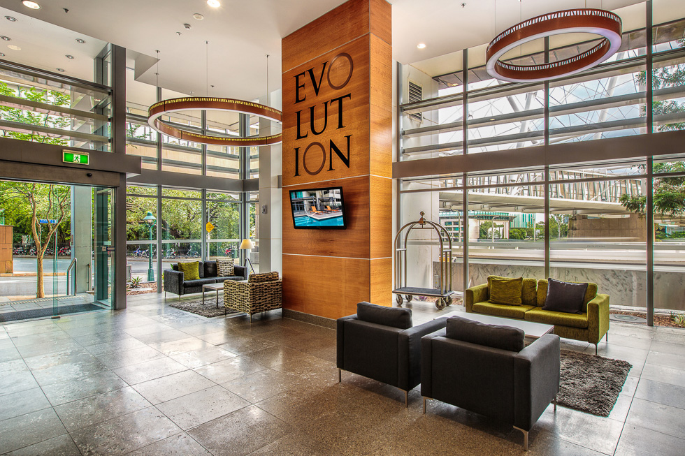 Hotel and resort photography: Evolution Apartments foyer