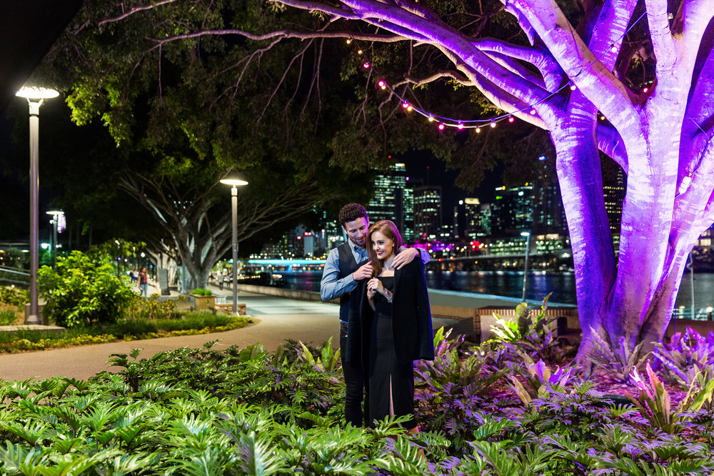 Romantic stroll lifestyle photography at South Bank Parklands fo