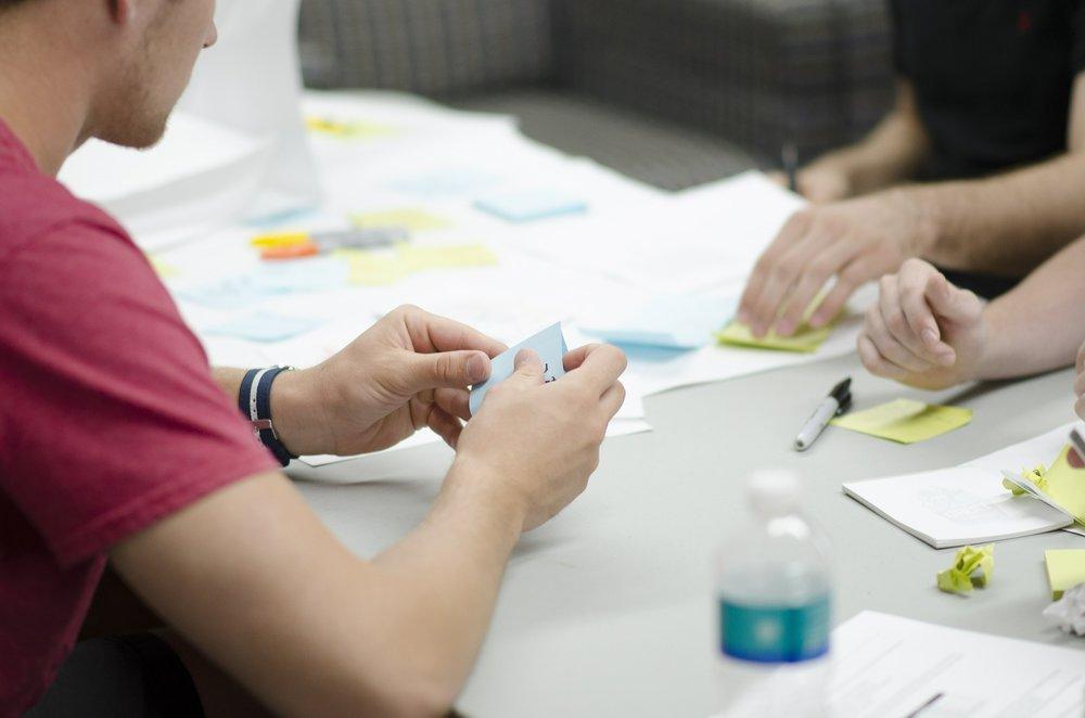 ASTUCES FUTÉES POUR DES RÉUNIONS EFFICACES  - Top-10 règles à suivre pour des rencontres concises, créatives et productives.