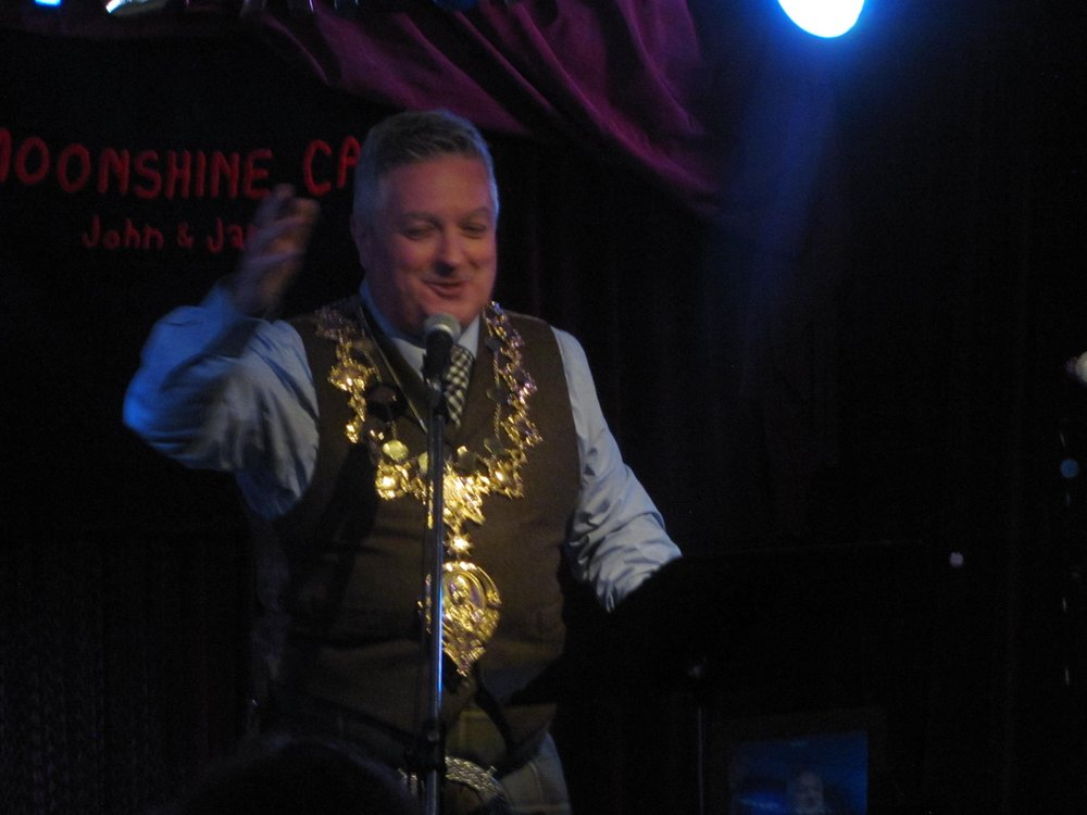 Blinged-out!  Special Guest of Honour, President of the Robert Burns World Federation,  Bobby Kane  captivates the audience with Robert Burns' legendary poetry.