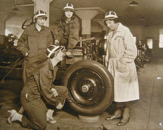 Auto Mechanics Women.jpg