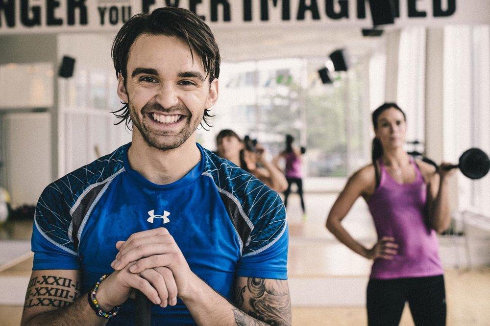 """Moveoo appen är en övningsbank för dig som redan är igång med träningen på ett strukturerat sätt. Syftet med appen är att ge dig övningar och inspiration till din befintliga träning. Appens kalender och blogg används inte längre. Allt fokus ligger på appens """"workout""""."""