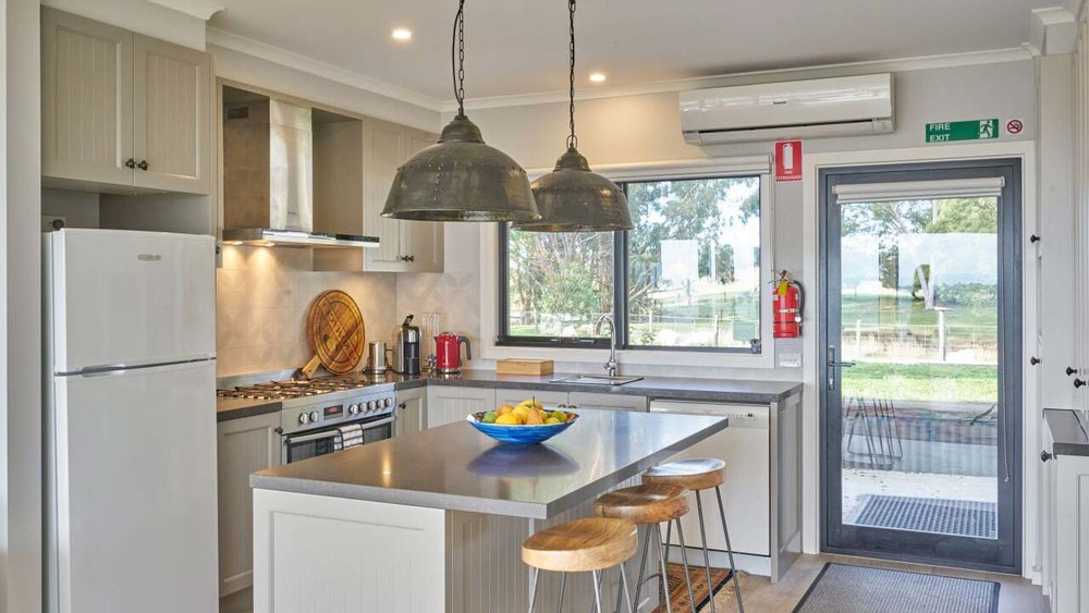 Halcyon Cottage Retreat kitchen