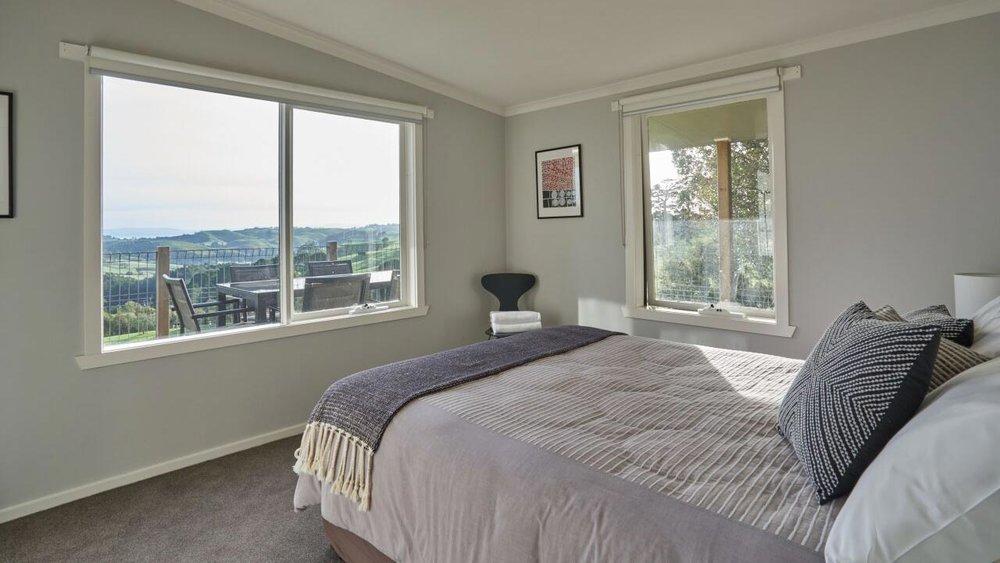 Halcyon Cottage Retreat Queen Bedroom