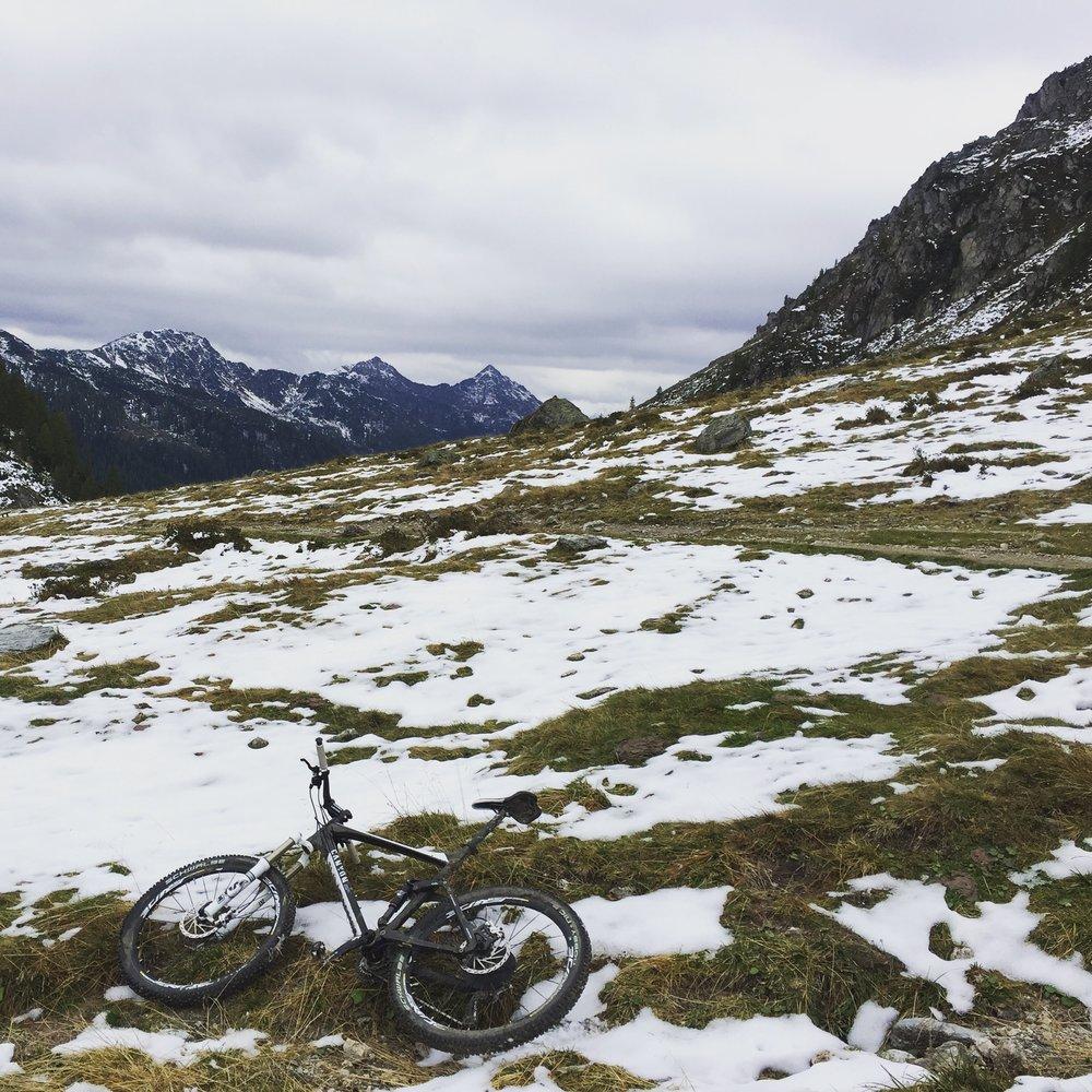 Auf dem Weg zum Giglachsee - Frustpause nach einem Kilometer mit bis zu 30% Steigung