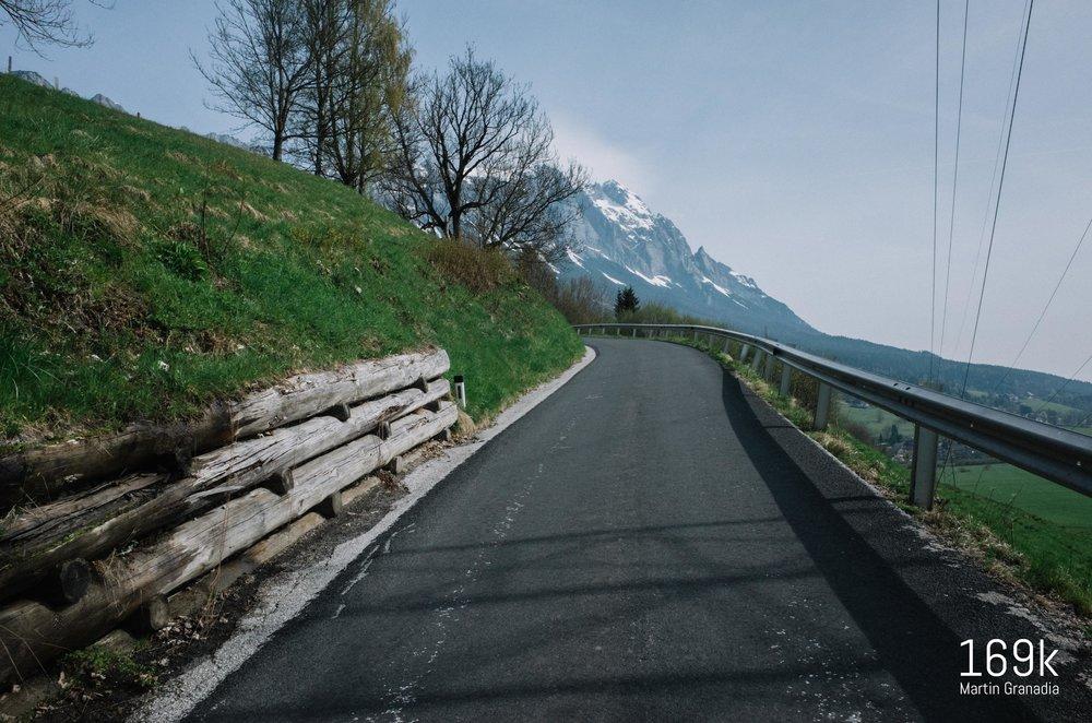 Steiler Stich von Tipschern hinauf Richtung Pass Stein