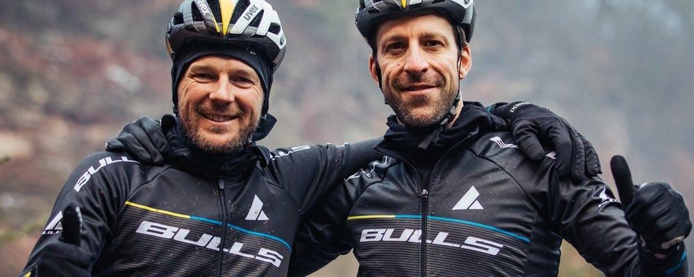 Karl Platt und Alban Lakata (Foto: Team Bulls)