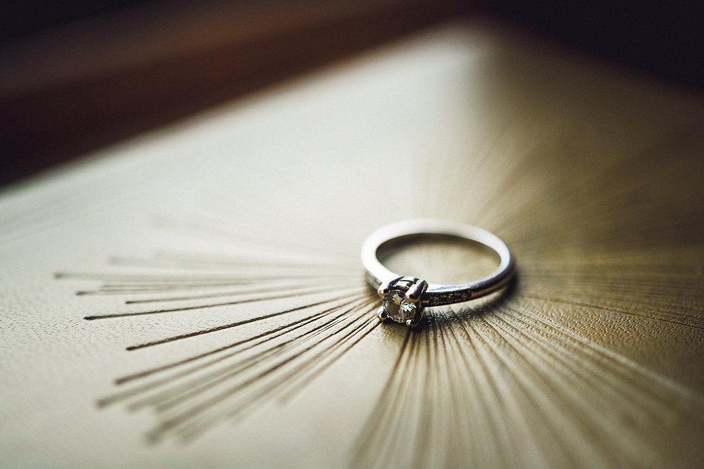 Eirik Halvorsen Blikkfangerne Hvorfor har nordmenn gifteringen på høyre hånd-18.jpg