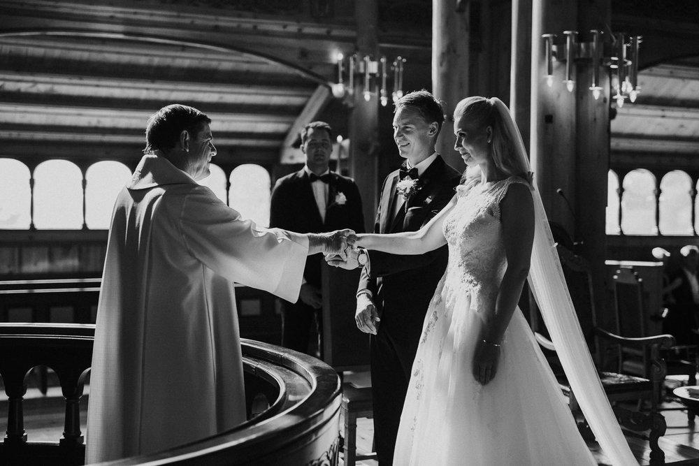 bryllupsbilde-blikkfangerne-fotograf-Tone-Tvedt09.jpg