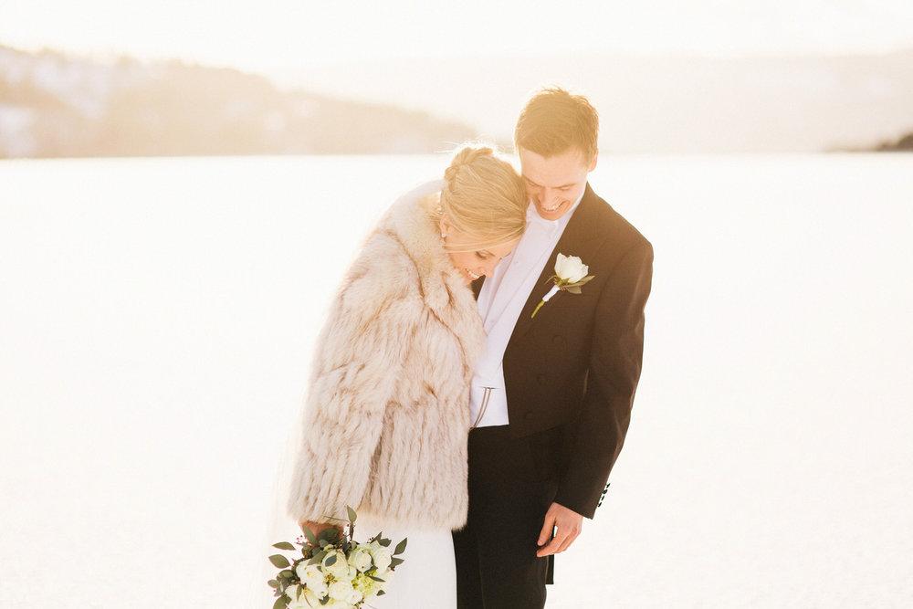 blikkfangerne bryllupsfotograf norge vinter bryllup 006.JPG