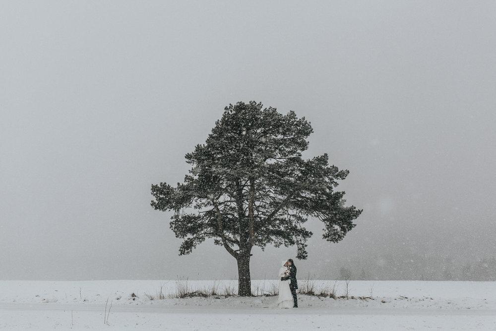 blikkfangerne bryllupsfotograf norge vinter bryllup 026.JPG