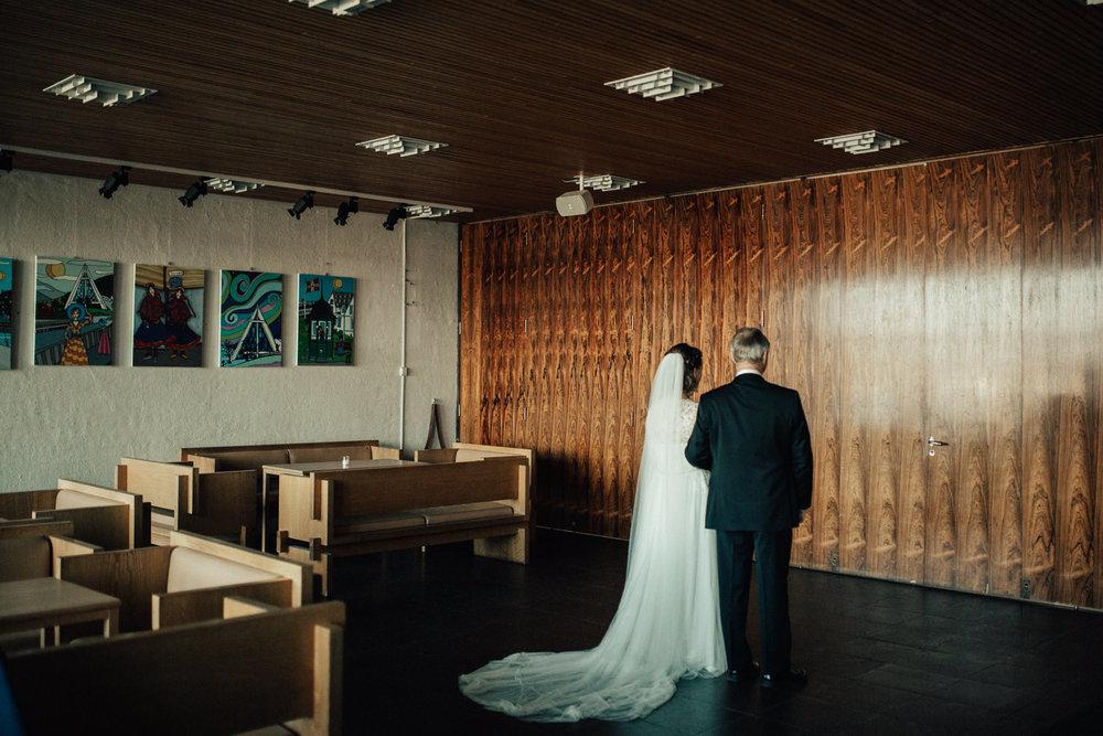 Bryllup_bryllupsfotograf_tromsø_bryllupsbilder119.jpg