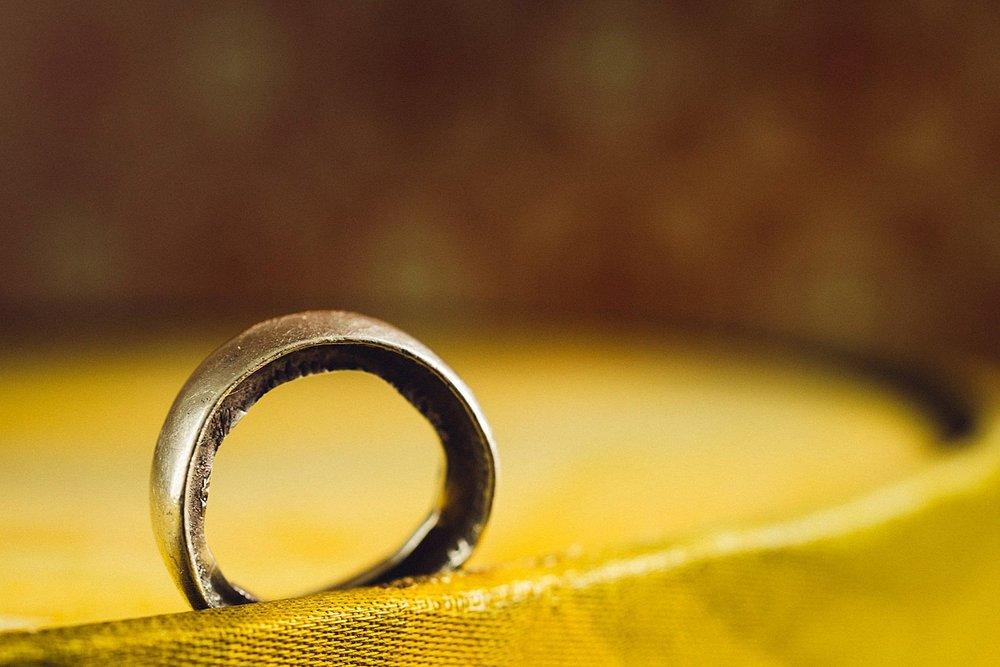 Forlovelsesring laget av en gammel mynt! Foto:  Eirik Halvorsen