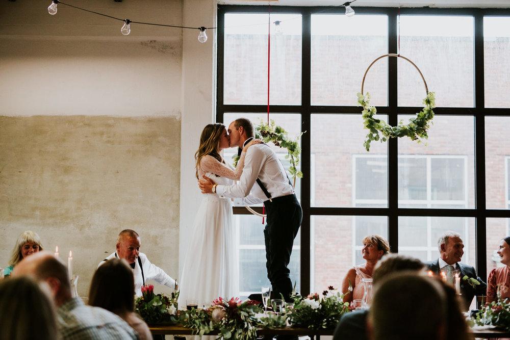 bryllupsfotograf-lageret-tone-tvedt-144.jpg