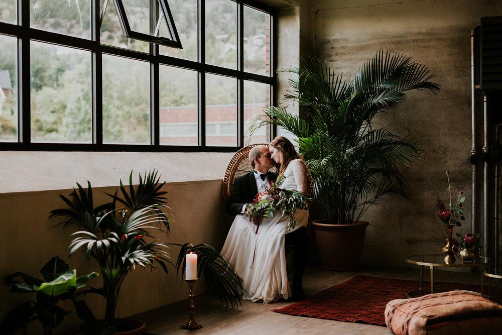 bryllupsfotograf-lageret-tone-tvedt-149.jpg