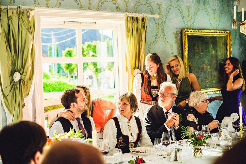 Eirik Halvorsen Siri og Rune bryllup blog-36.jpg
