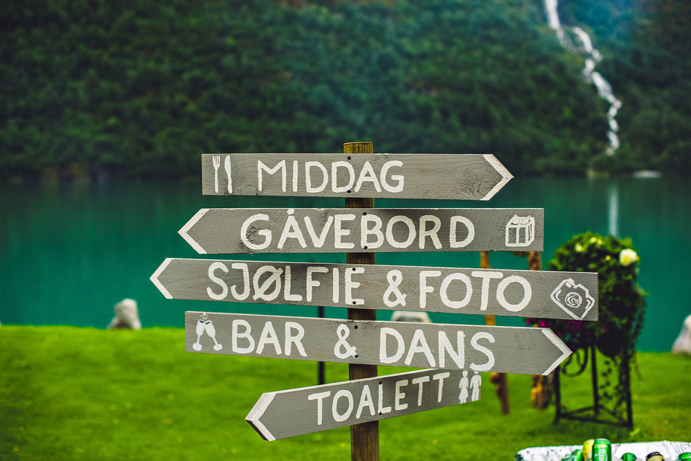 Bryllup på Yrineset i Oldedalen bryllupsfotograf sogn og fjordane-17.jpg