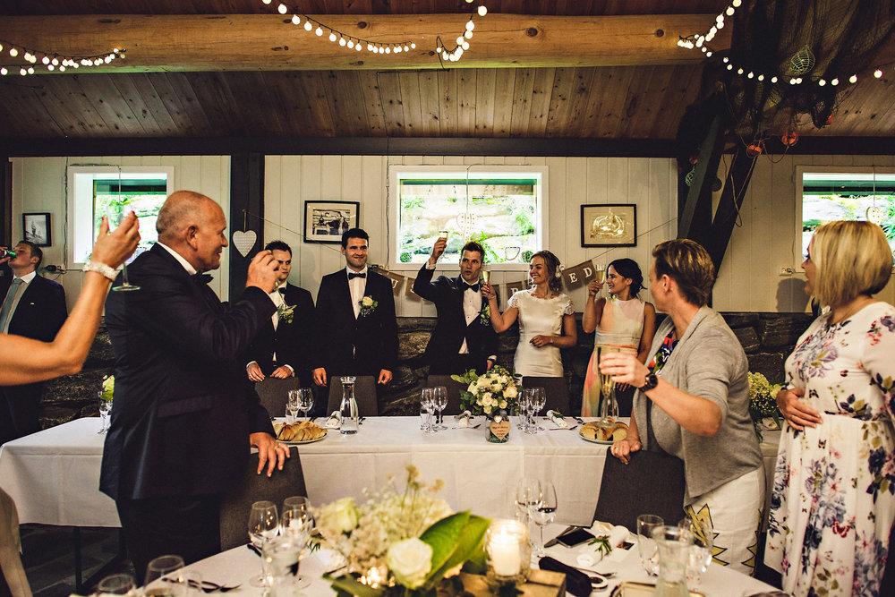 Bryllup på Yrineset i Oldedalen bryllupsfotograf sogn og fjordane-26.jpg