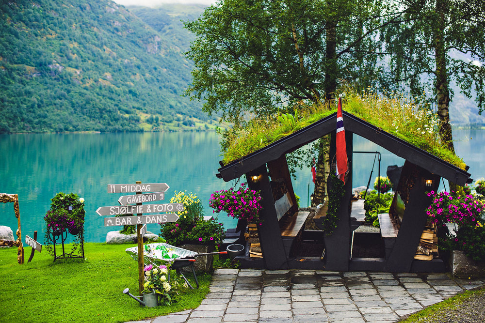 Bryllup på Yrineset i Oldedalen bryllupsfotograf sogn og fjordane-30.jpg
