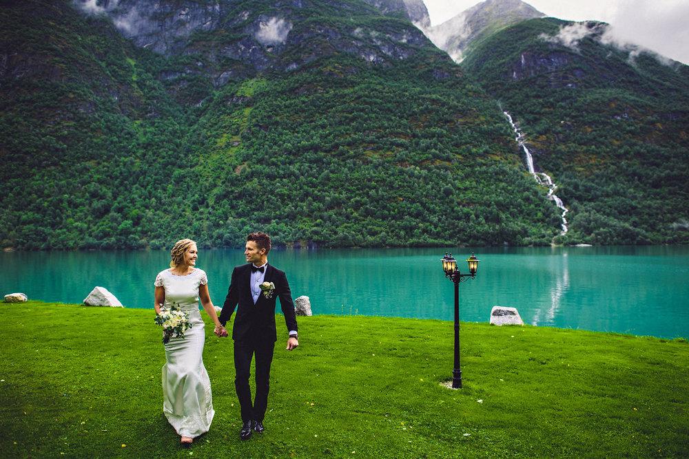 Bryllup på Yrineset i Oldedalen bryllupsfotograf sogn og fjordane-45.jpg