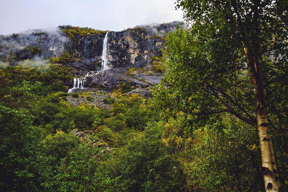 Bryllup på Yrineset i Oldedalen bryllupsfotograf sogn og fjordane-52.jpg