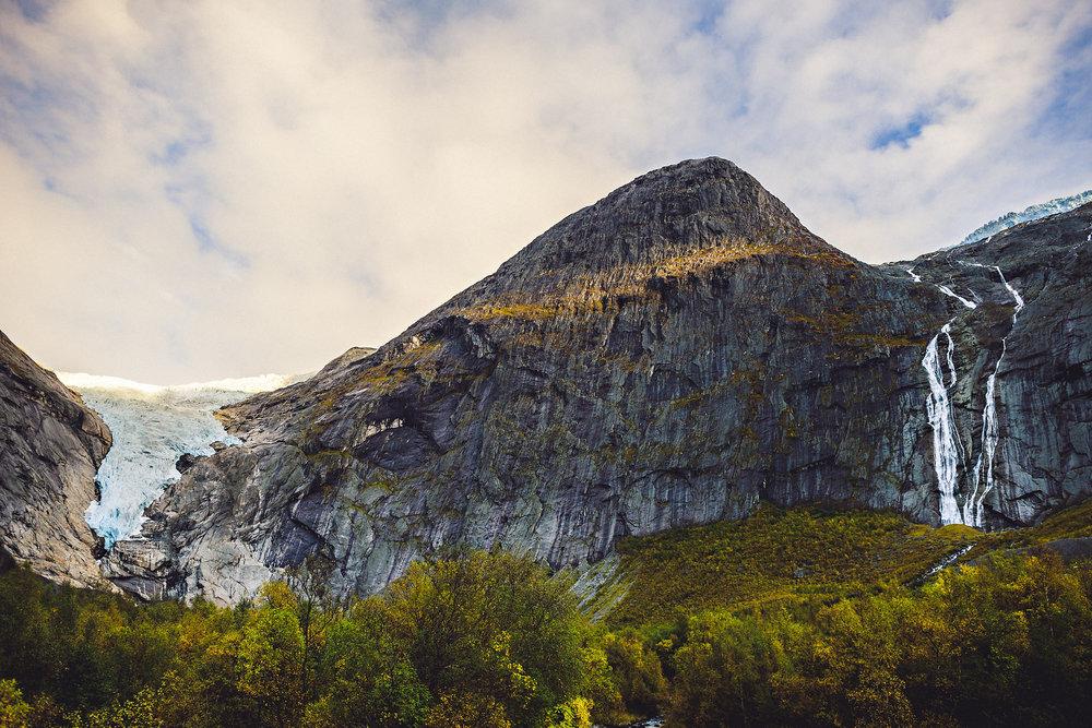 Bryllup på Yrineset i Oldedalen bryllupsfotograf sogn og fjordane-73.jpg